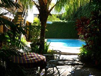 Hotel alicante hotel in san salvador el salvador for Piscina universidad alicante